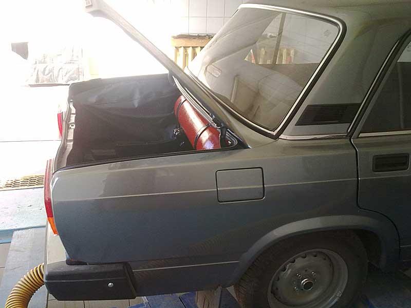 http://www.gasprofi.ru/img/06_2011/27/vaz-classika-metan-2.jpg